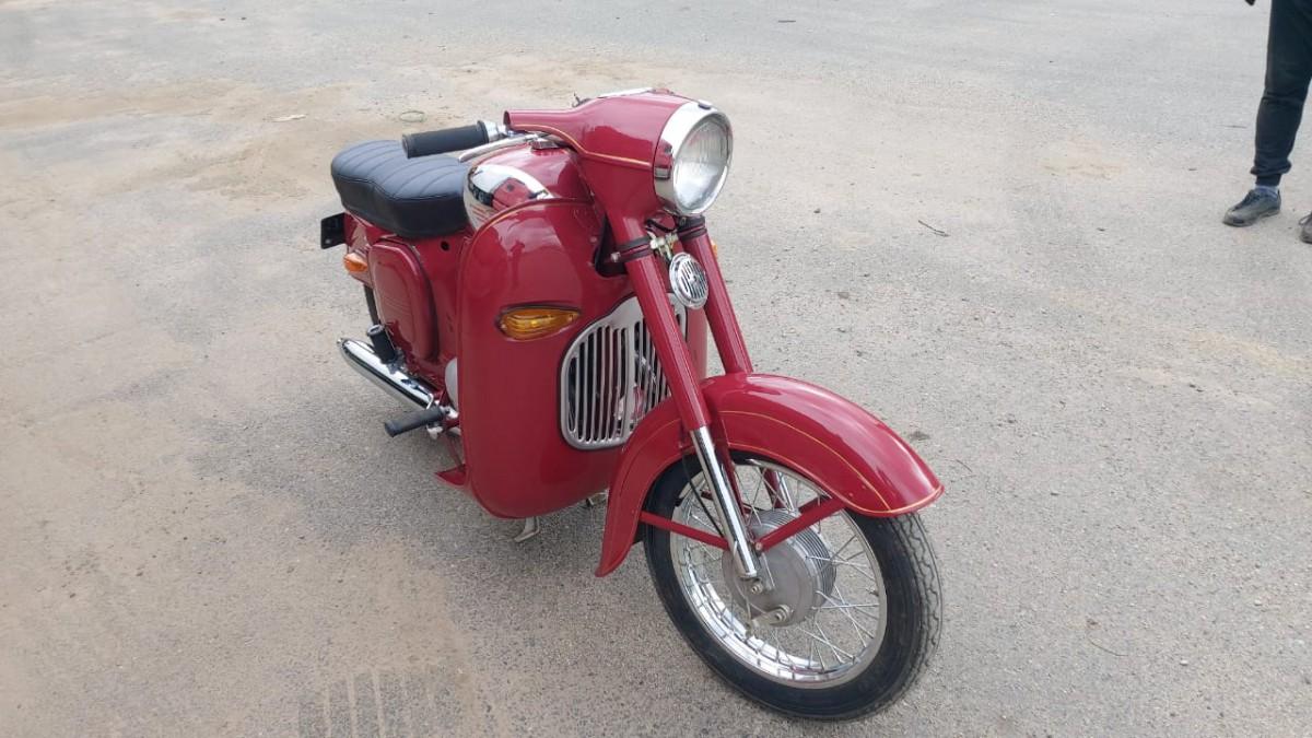 Капотированная Jawa 350